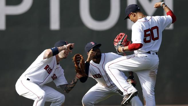 red_sox_betts_bradley_swihart_052216