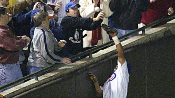 Incident Steve Bartman. Ce moment de légende deviendra une simple anecdote en cas de victoire des Cubs